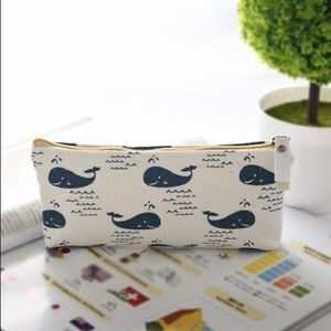 🐳 Zipper Top Canvas Pouches